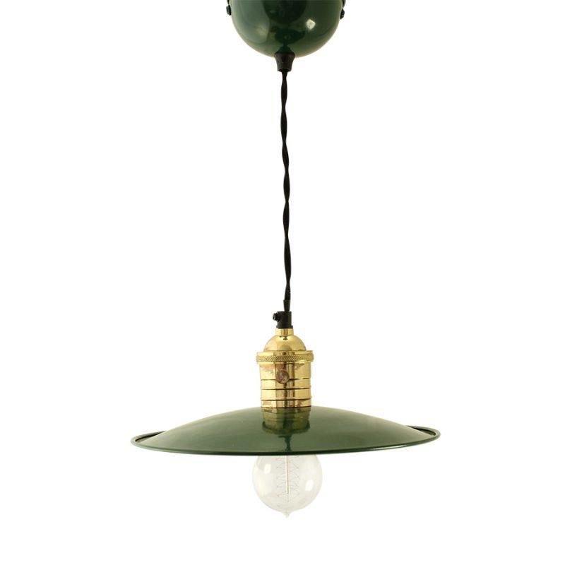gr ne emaille lampe popshop skandinavische einrichtung. Black Bedroom Furniture Sets. Home Design Ideas