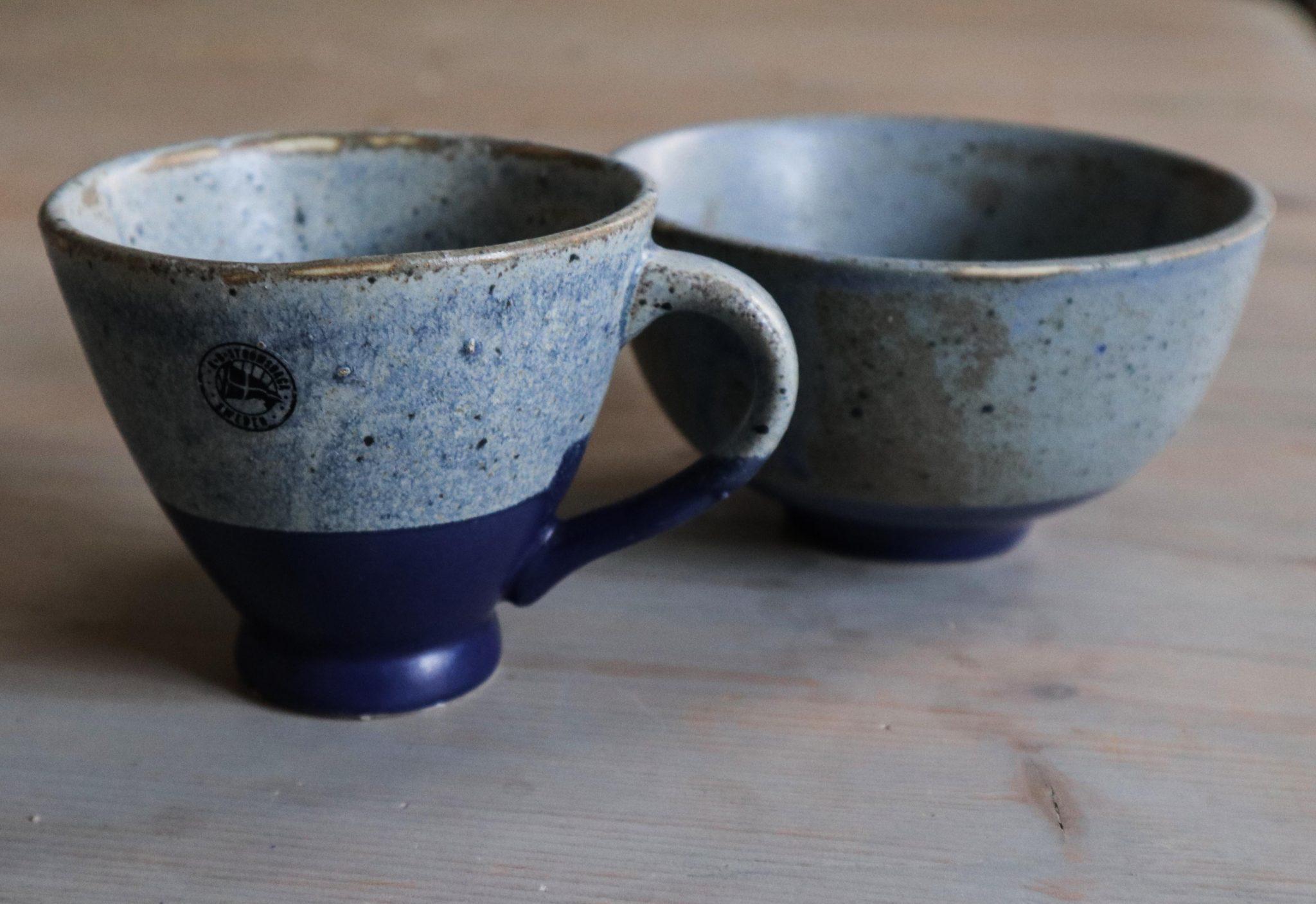 Steingut Tasse blau