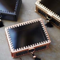 Kleine Schmuckbox schwarz
