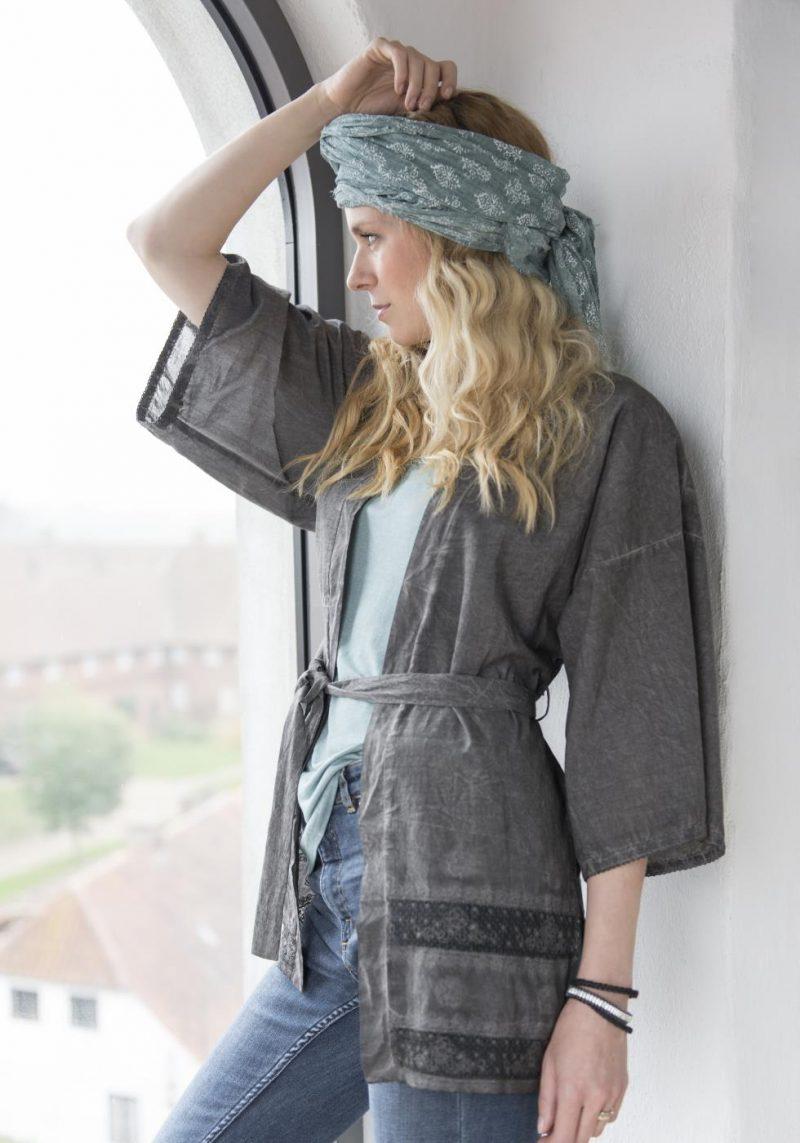 Grauer Kimono S/M