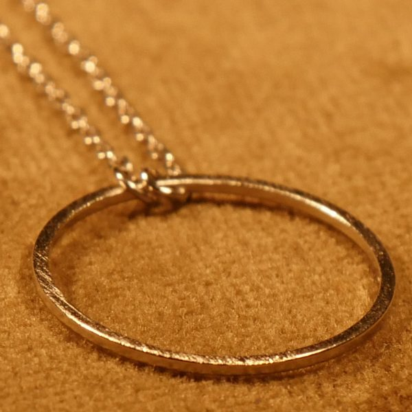 Kette mit Ring Messing