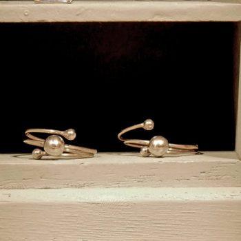 Extravaganter Ring aus Sterling Silber. Ring Silber Sterling Drei Kugeln.