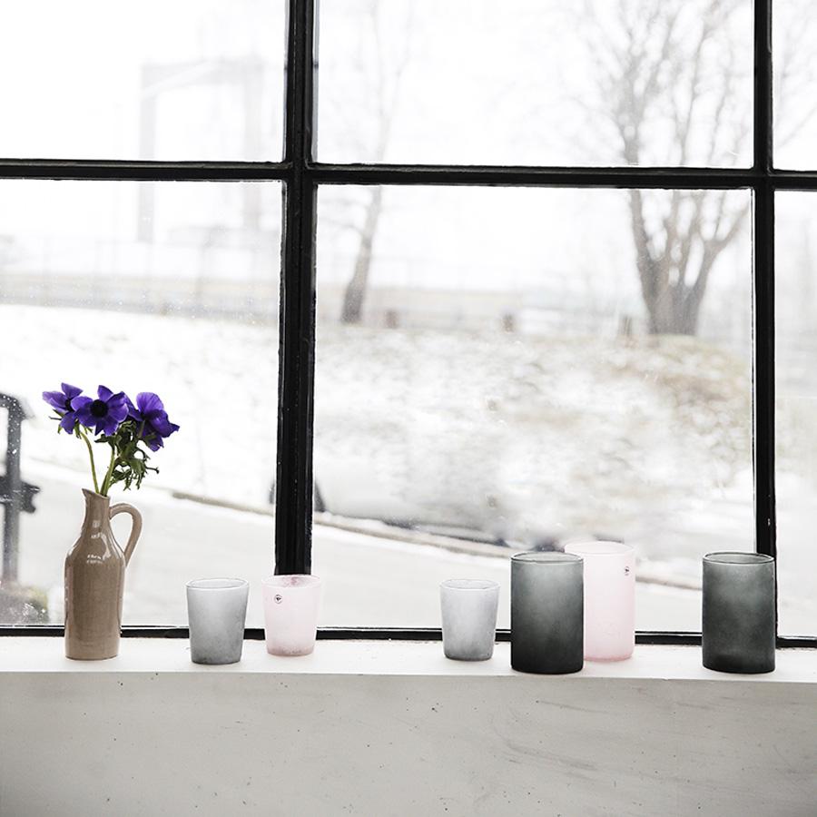 graublaue vase aus glas popshop skandinavisch wohnen. Black Bedroom Furniture Sets. Home Design Ideas